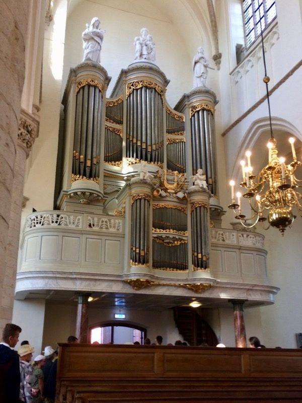 De Grote kerk van Tholen