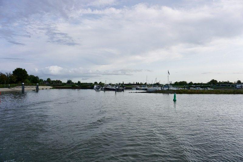 Jachthaven 'Wilgenrak' aan de Lek bij Schoonhoven
