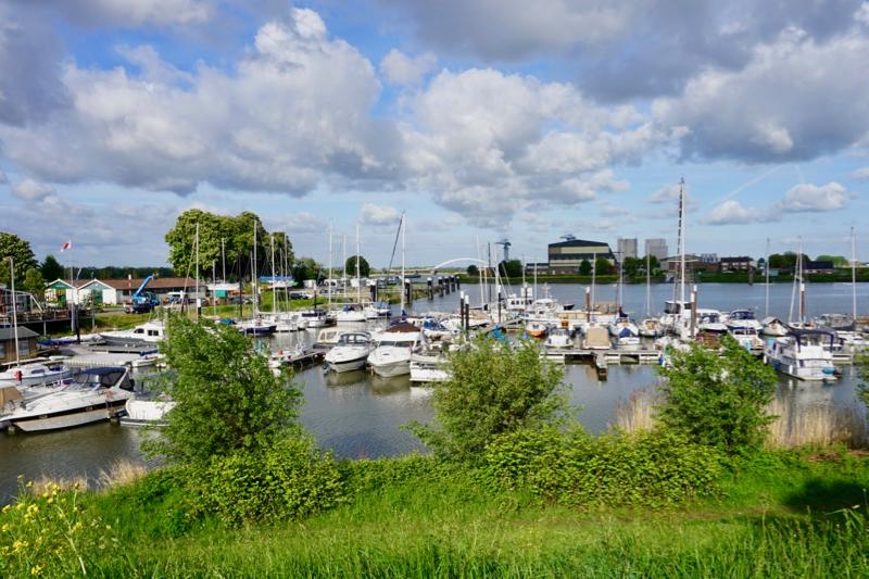 Jachthaven en camperplaats 'De Merwede' in Gorinchem