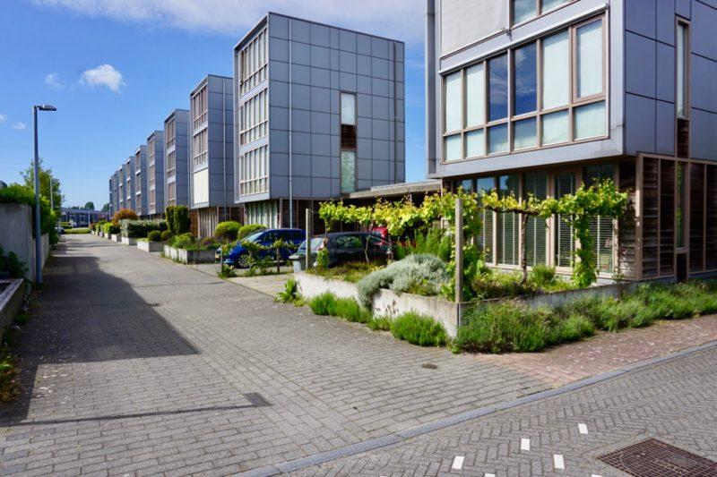 Moderne woningbouw in Vijfhuizen