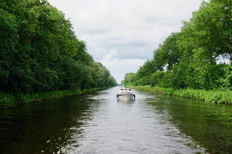 De Westfriesche Vaart van Kolhorn naar Middenmeer