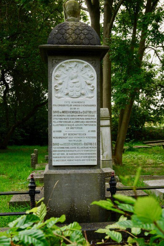 Gedenkteken op de Joodse Begraafplaats in Ouderkerk aan de Amstel