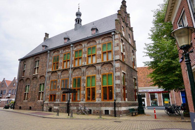 het monumentale stadhuis van Hasselt