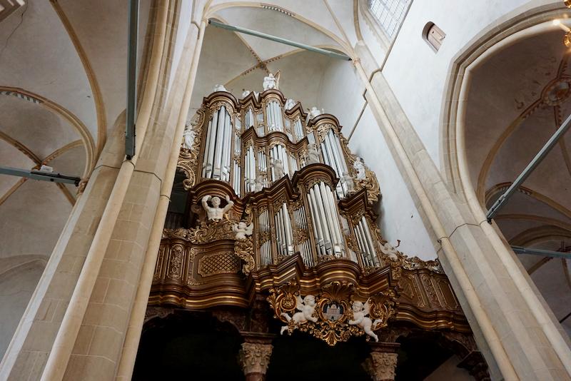 Het Hinsz-orgel in de Bovenkerk van Kampen